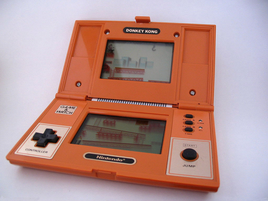 Game & Watch Multiscreen (1982)
